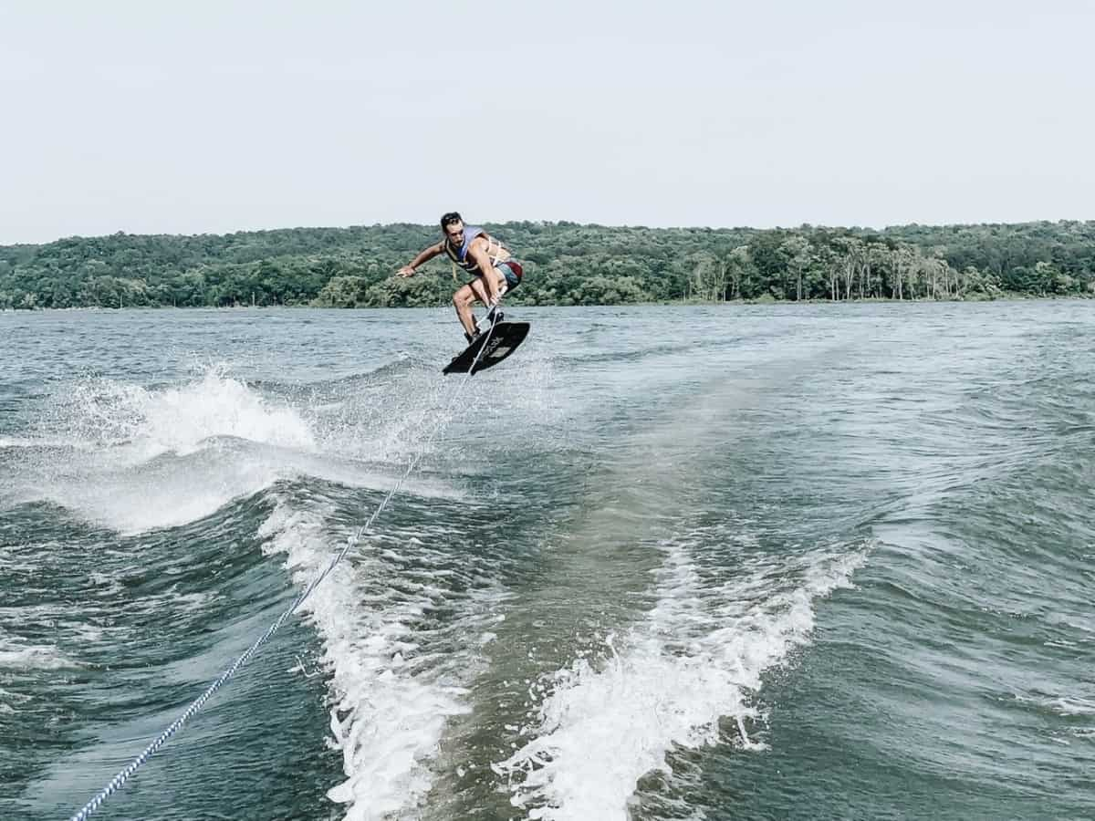Wakeboard jumping