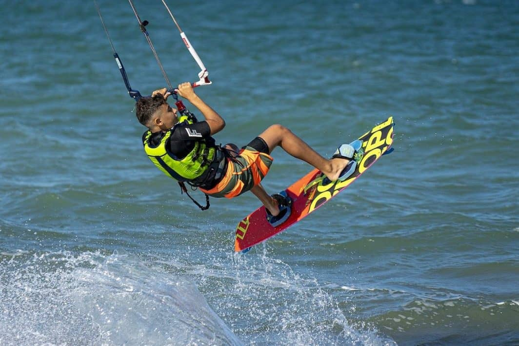Photo of Kitesurfer doing a dark slide