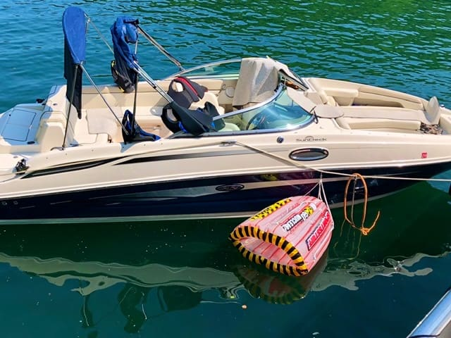 Picture of Sportsstuff Gyro tube with SeaRay Sundeck 260